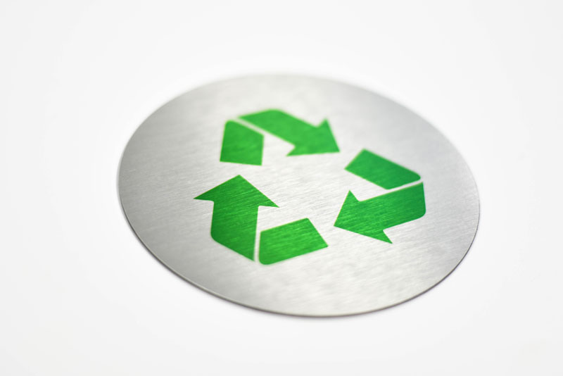 round brushed aluminum recycle signs
