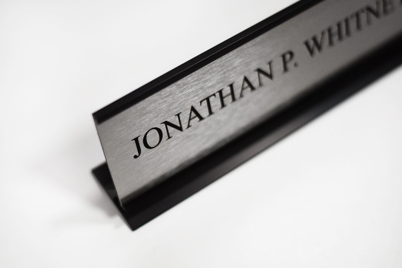 Desk Frame With Metal Plate Nameplates For Offices