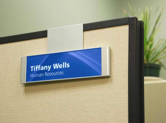 hanging cubicle signs cubicle name plates office workstation signs. Black Bedroom Furniture Sets. Home Design Ideas