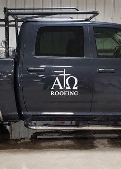 Vinyl Lettering & Decals | Banners | Lettering for Glass